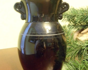 L. E. Smith Black Amethyst Handled Vase
