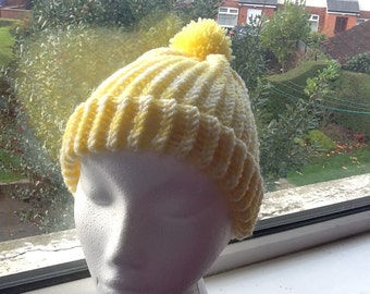 Yellow and Cream Hat, Pom Pom Hat, Pom Pom Beanie, Woolly Hat, Woolly Beanie, Gift for Her, Knitted Beanie, Yarn Hat, Yarn Beanie, Knit Hat