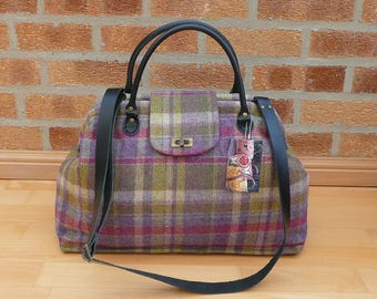 Overnight bags, Carpet Bag, Large day bag, large tote, Mary Poppins Bag, tweed bag, luggage and travel, cabin Luggage, Travel Bag