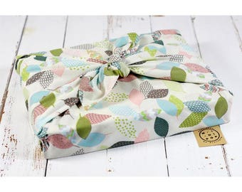 Furoshiki in organic cotton GOTS pastel leaves zero packaging waste, durable, eco-friendly, reusable, 75 x 75 cm.