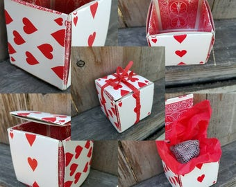 "Hand Painted Beach Rock in Playing Card Gift Box -- 1"" Red and Black Heart - FREE SHIPPING"