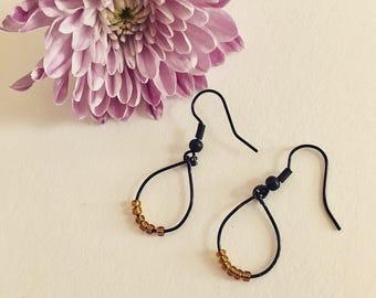 Small black&topaz hoop earrings