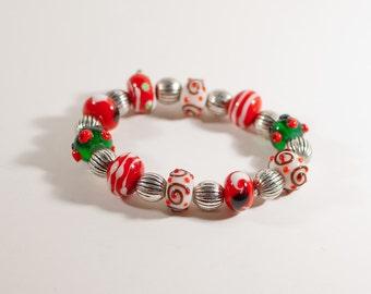 Red, White & Green Christmas Beaded Stretch Bracelet