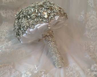 Brilliant Sparkle Brooch Bouquet. FULL PRICE Alternative  Crystal Sparkly Heirloom Diamond Jeweled Bridal Broach Bouquet