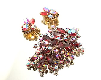 Beautiful Pinks Reds Demi Parure Vintage Rhinestone Brooch Earring Set Prong Set Stones Flower Broach Wedding Bridal Formal