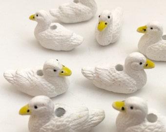 6 weiße Ente Perlen - etwas defekt -
