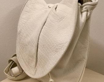 Cool Vintage CARLOS FALCHI White Leather Bag/Hand Made Crossbody Purse
