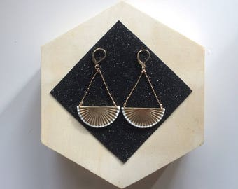 Geometric solid bronze gold plated fan earrings drop enameled white or black color