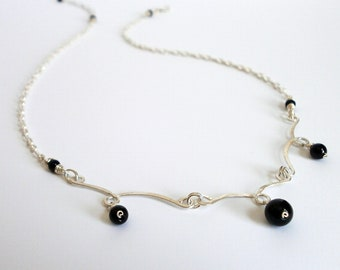 Delicate Silver Curved Bar Black Onyx Fringe Necklace Silver Filigree Bar Pendant Small Gemstone Pendant Wire Jewelry
