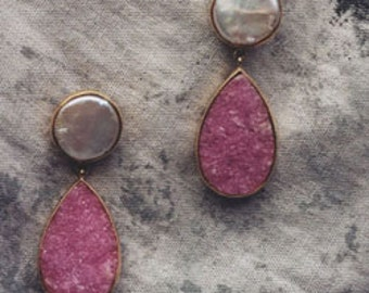 Pink Pearl and Cobaltocalcite Drusy Earrings 14 Karat Yellow gold