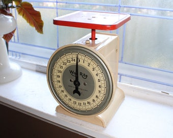 Vintage Kitchen Scale Red and White Way Rite 1930s