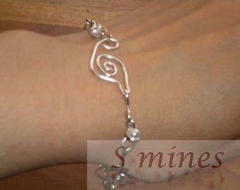White leaf bracelet
