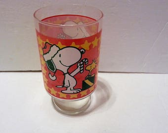 1958-1965 Snoopy and Woodstock Holiday Drinking Glass