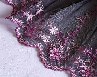 Pretty lace tulle black fuchsia embroidery width 17cm