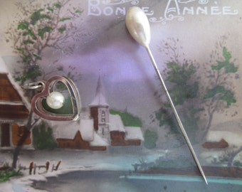 France 40/50s costume jewelry > a Bobby pin pendant Pearl heart shaped mother of Pearl non precious material