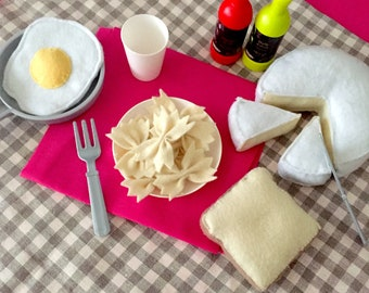 "Collectible felt ""Bar Menu"" (camembert, egg, bread) / imitation toy"
