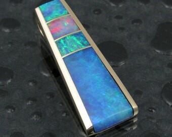 Australian opal pendant in 14k gold