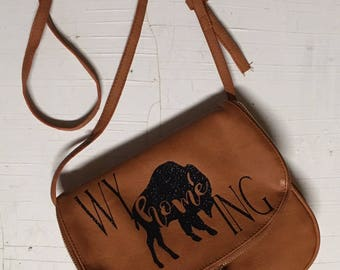 WyHOMEing Crossbody Leather Purse
