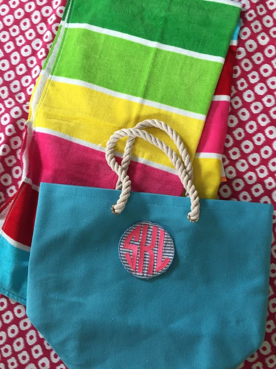 Teacher Gift, graduation Gift, monogrammed bag and towel.