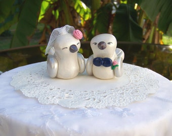 Custom Antiqued Bird Wedding Cake Topper -- Colors of Choice - Shown in Silver, Navy and Blush Pink - Fully Customizable