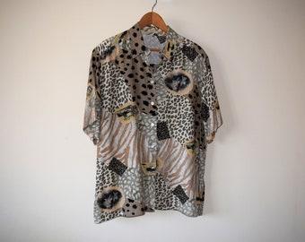 80s/90s Vintage Safari/Jungle/Animal Print Short-sleeved Button-up Shirt