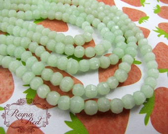Kimono Green Faceted Round Glass Beads, opalescent glass beads, cats eye, light green faceted beads, glass, Spring - reynaredsupplies