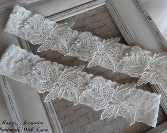 Ivory lace Wedding Garter Set /  Garter Set / Lace Bridal Garter  / Flower Lace Wedding Garter / Beaded lace Bridal Garter /Ivory Garter Set