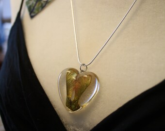 Samara pendant, resin and tree seed pendant, nature necklace, heart pendant, heart necklace, nature pendant, resin necklace
