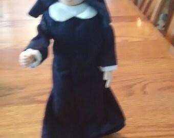 VINTAGE! Posable Nun Doll