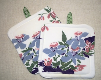 Pot Holders made with Vintage Tablecloth, Floral, Green, Lavendar - Set of 2 - Insulated Fabric Hot Pads - Trivets - For the Cook - Kitchen