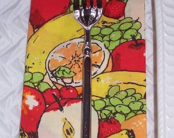 Luncheon Napkins | Set of 4 | Cartoon Fruit | Cloth Napkins | Kitchen Napkins | Lunchbox Napkin
