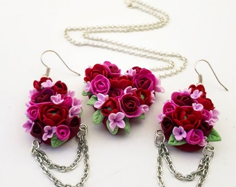Romantique red rose heart jewelry set - earrings and pendant - made from polymer clay. Red roses heart earrings.