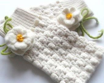White Romantic Wristwarmers with handfelted roses