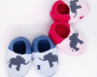 "Babies & Minis ""mouse and Elephant""-Cute baby shoes in cotton jersey in pink or blue-reversible toddlers up to 1 year"