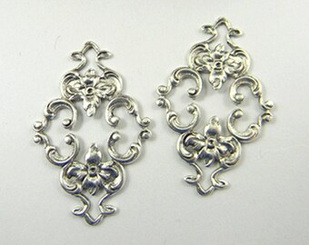 Antiqued Silver Filigree, Diamond Filigree, Flower Connector, Brass Stamping, Cabochon Wrap, 23mm x 36mm- 2 pcs. (sl130)