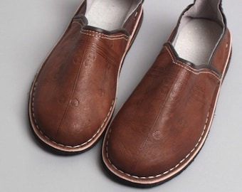 Berber Babouche Leather Slippers, Brown
