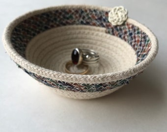 Mother's Day | Vintage | Teacher Gift | Small Rope Basket | Small Coiled Basket | Upcycled Basket | Jewelry Storage | Ring Dish | Desk