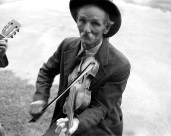"1937 Fiddlin' Bill Hensley, Asheville, NC Vintage Photograph 8.5"" x 11"" Reprint"