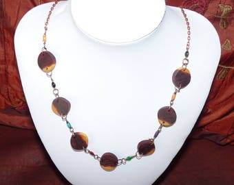 Precious wooden Necklace: the Breton