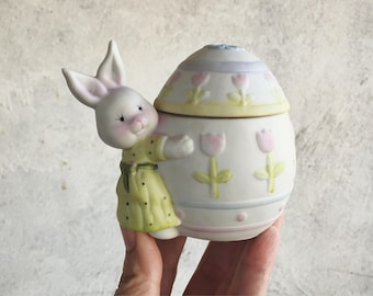 Porcelain Easter Bunny Trinket Box, Lidded Candy Dish, Vintage Easter Decor, Easter Gift for Girl, Easter Decorations, Bunny Jewelry Box