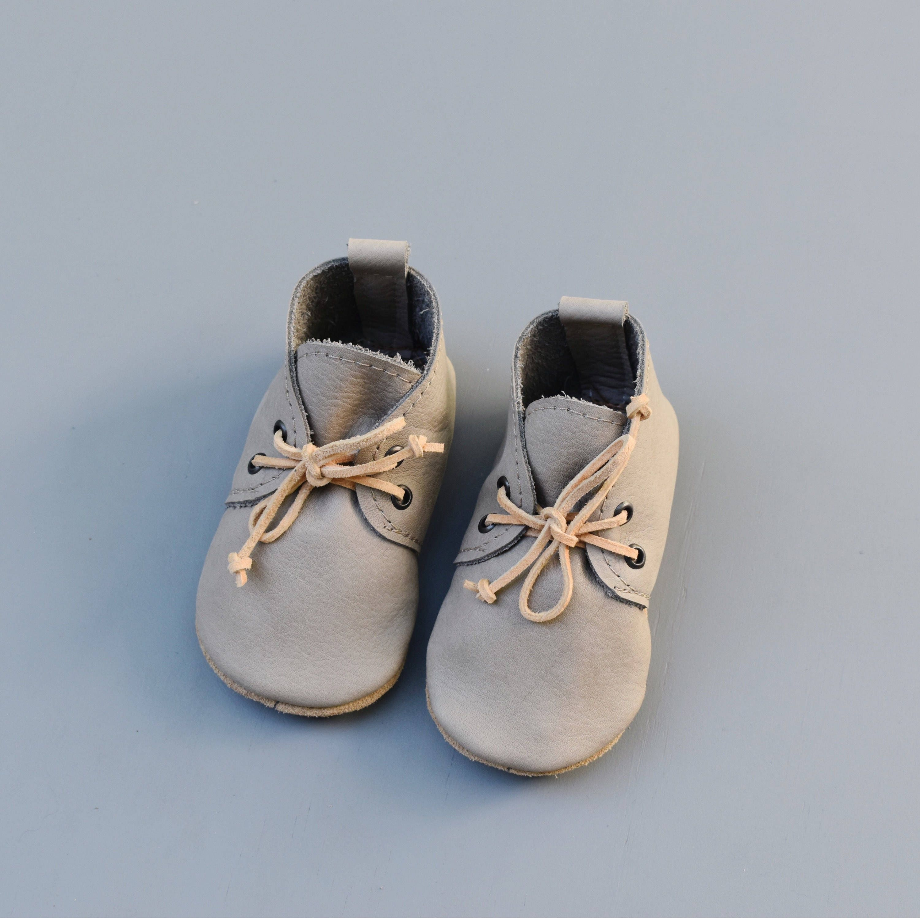 5 5 size 5 6 READY TO SHIP oxfords baby moccasins moccs soft
