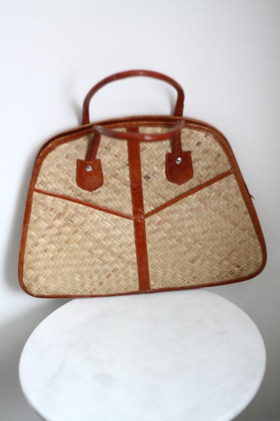 1970s flat Straw Handbag // 1960s handbag // vintage purse