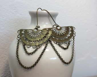 Inspiration earrings Oriental brass