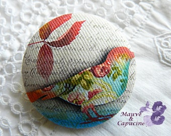 Button out of fabric, bird, 0.86 in / 22 mm