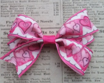 Heart Hair Bow, girls hair bows, heart hair bow, party favors