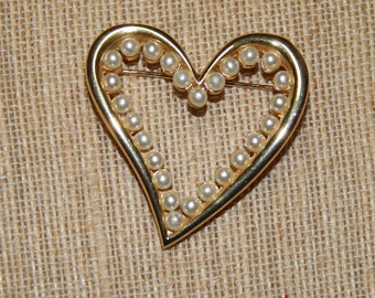 Vintage Pearl Heart Brooch Valentine's Day Bridal Jewelry Wedding Gift for Her