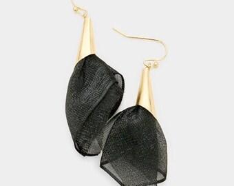 Fabric Mesh Earrings Black