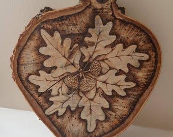 Oak and acorn plaque