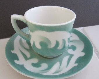 O.P. Co. Syracuse China  DEMITASSE Cup & Saucer SET 1950s Mid Century Restaurant Airbrushed Pattern