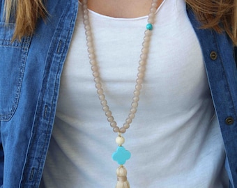 Beige and Turquoise Tassel Necklace. Light brown long beaded necklace. Bohemian summer Necklace. Turquoise clover Necklace